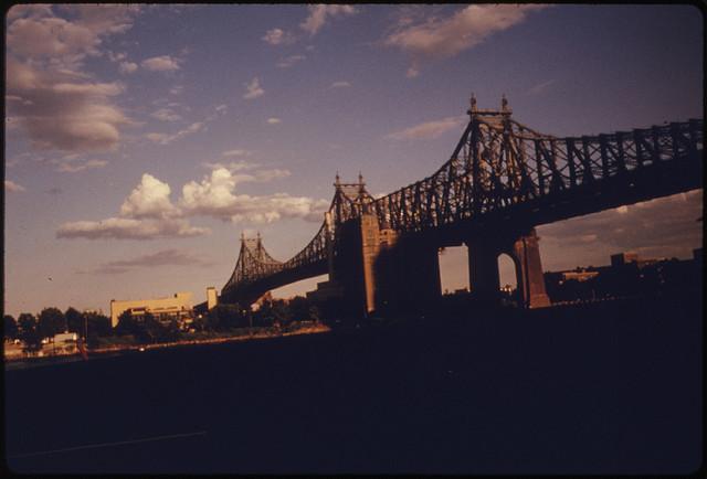 59. Straßen-Brücke